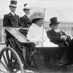 Queen_Wilhelmina_of_Holland,_President_Fallières_of_France